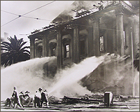 The Old Courthouse fire of 1931, Superior Court of California, County of Santa Clara. Photo courtesy of Sourisseau Academy (SJSU) negative #348